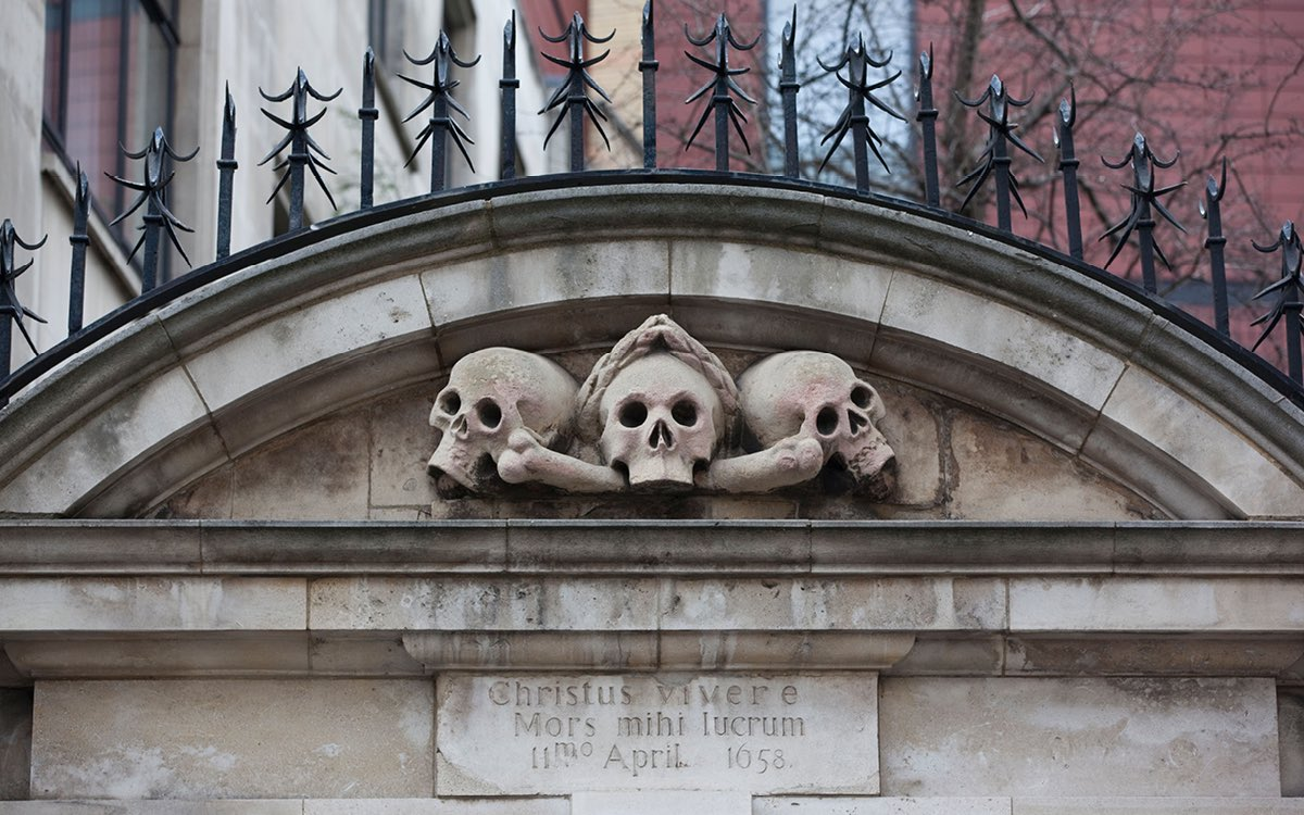 Skulls St Olave's Great Plague London