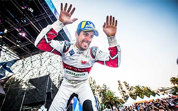Lucas di Grassi wins in Mexico